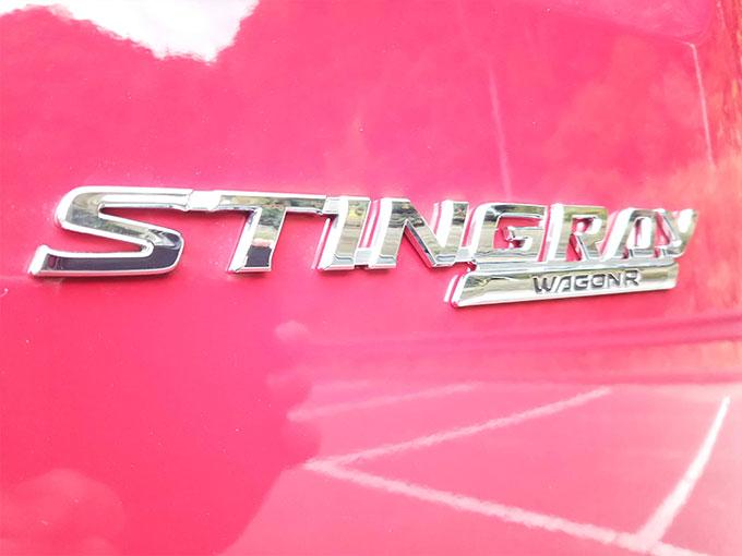 スズキ ワゴンR スティングレー 赤 エンブレム画像